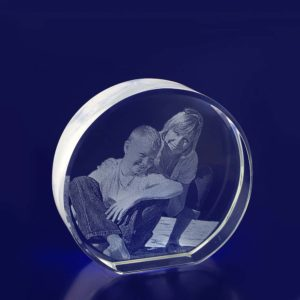 round crystal photo etched in glass 2d