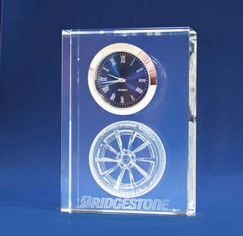 photo engraved crystal clock 2d